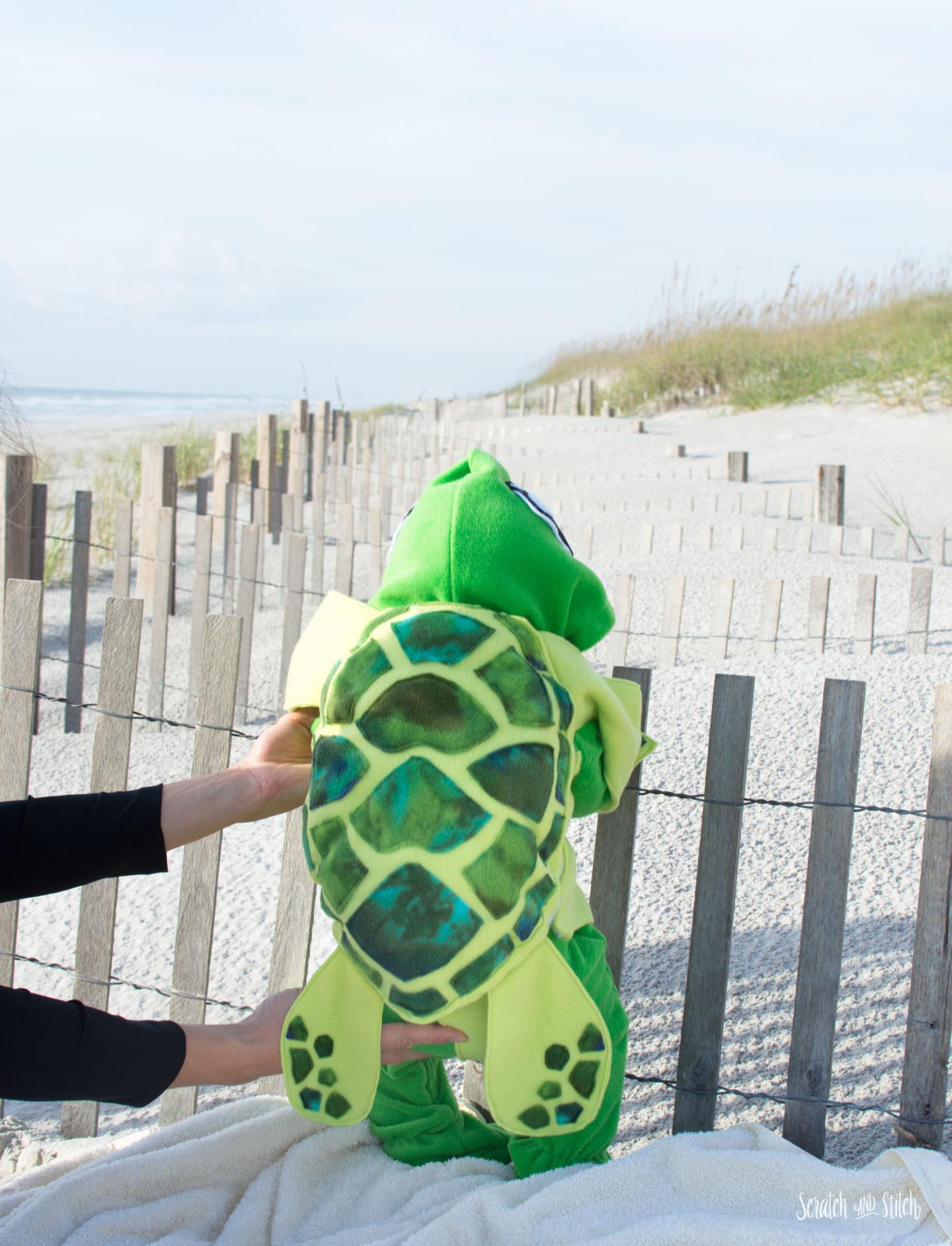 Make a Sea Turtle Baby Costume 2