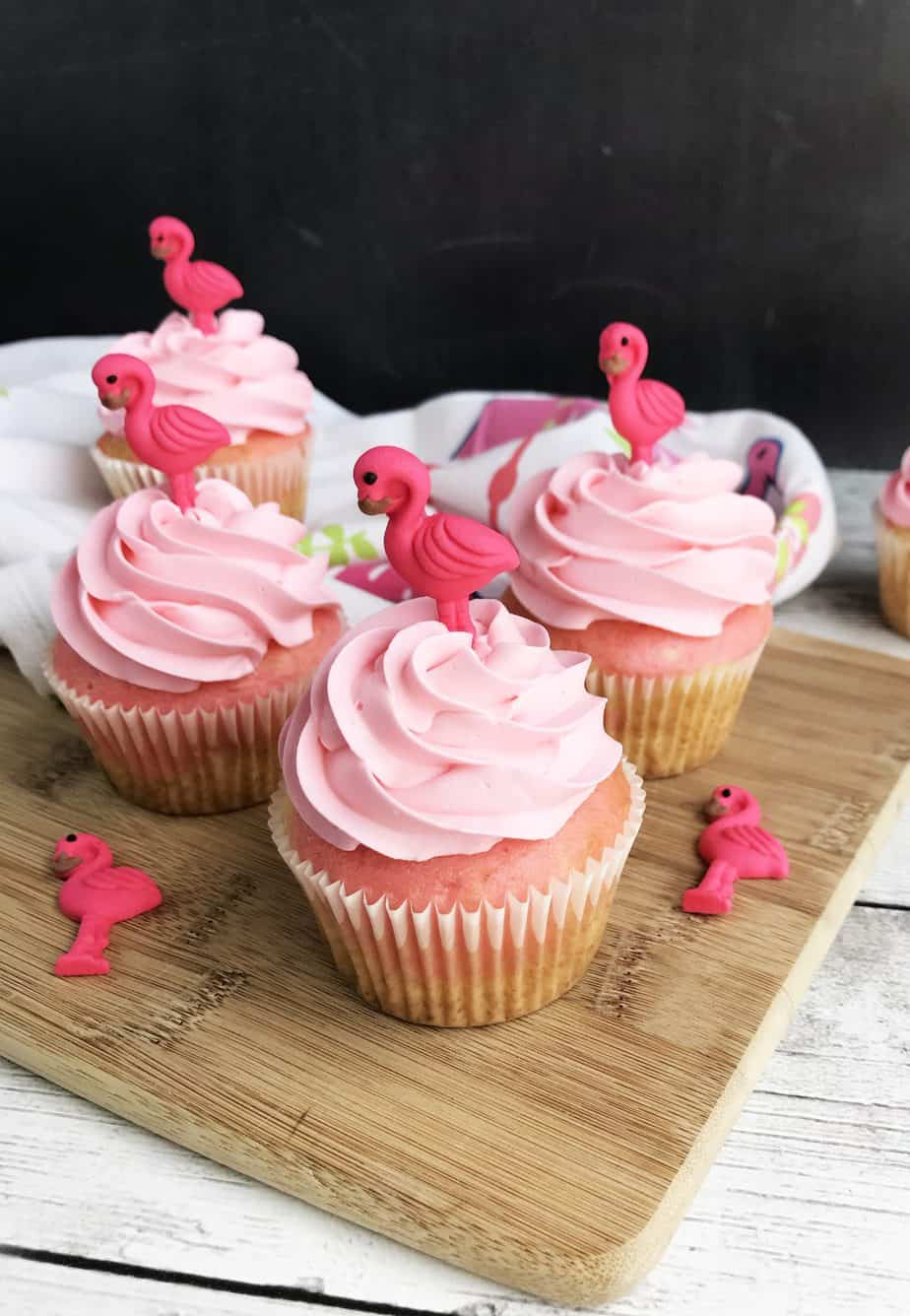 Pink Flamingo Cupcakes by Alli